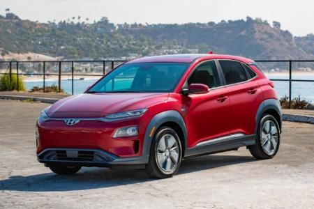 Hyundai заменит батареи LG Chem в 75,680 электрокроссоверов Kona из-за риска возгорания, стоимость замены составит $900 млн (в новый IONIQ 5 будут ставить батареи CATL и SK Innovation)
