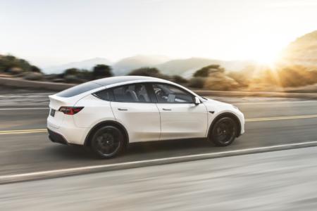 Tesla прекратила продажи «народного» варианта Model Y (Standard Range) — спустя полтора месяца после запуска