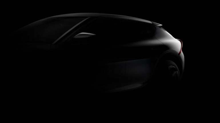 Kia показала первые изображения и видео серийного электрокроссовера Kia EV6 на платформе E-GMP с запасом хода 500 км (премьера ожидается уже 15 марта)