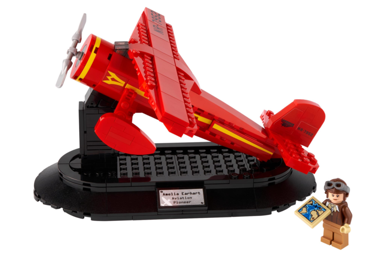 Lego выпустила набор в честь Амелии Эрхарт, первой женщины, перелетевшей Атлантический океан