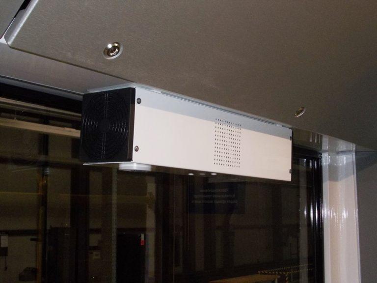 Ковід не пройде. У Луцьку тролейбус «Богдан» обладнали спеціальними бактерицидними рециркуляторами та опромінювачами для знезараження поверхонь і повітря в салоні