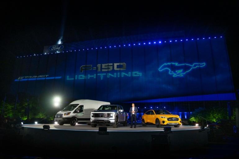 Ford: К 2025 году мы инвестируем в разработку электрических моделей $30 млрд, а уже к 2030 году электромобили будут составлять 40% продаж