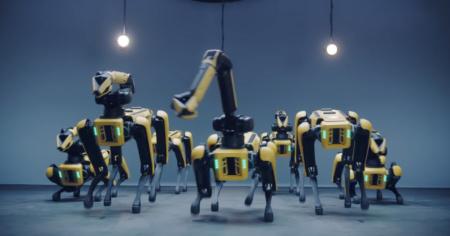 Роботы Boston Dynamics снова станцевали вместе — на сей раз семь робопсов Spot бросили вызов кей-поп-группе BTS